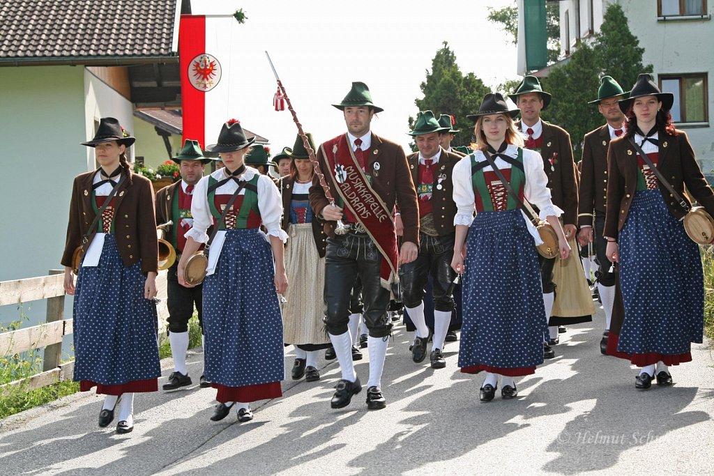 MK-Aldrans-beim-Bezirksmusikfest-in-Grinzens-2009-IMG-8243.JPG