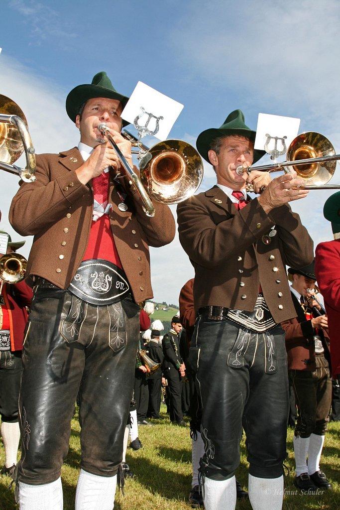 MK-Aldrans-beim-Bezirksmusikfest-in-Grinzens-2009-IMG-8300.JPG