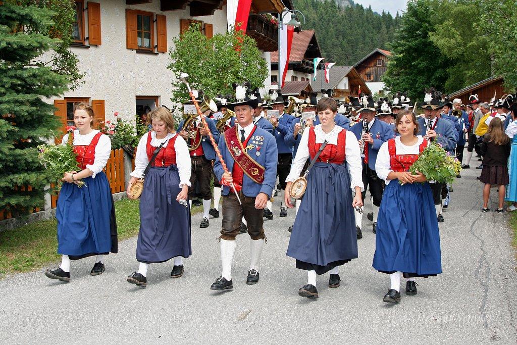 MK-Elmen-beim-Bezirksmusikfest-in-Weissenbach-2010-174.jpg