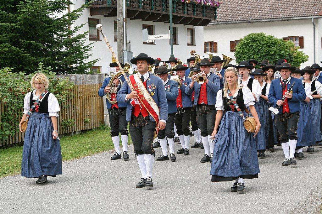 MK-Haeselgehr-beim-Bezirksmusikfest-in-Weissenbach-2010-341.jpg
