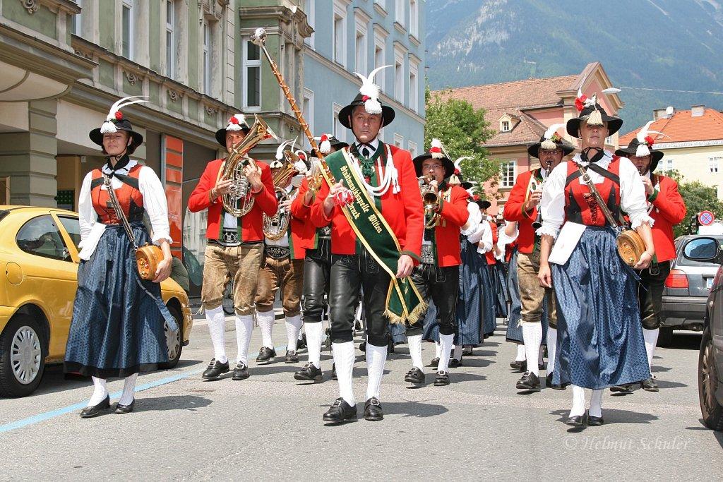 MK-Innsbruck-Wilten-bei-der-Eroeffnung-des-Wiltener-Platzls-2010-IMG-057.jpg