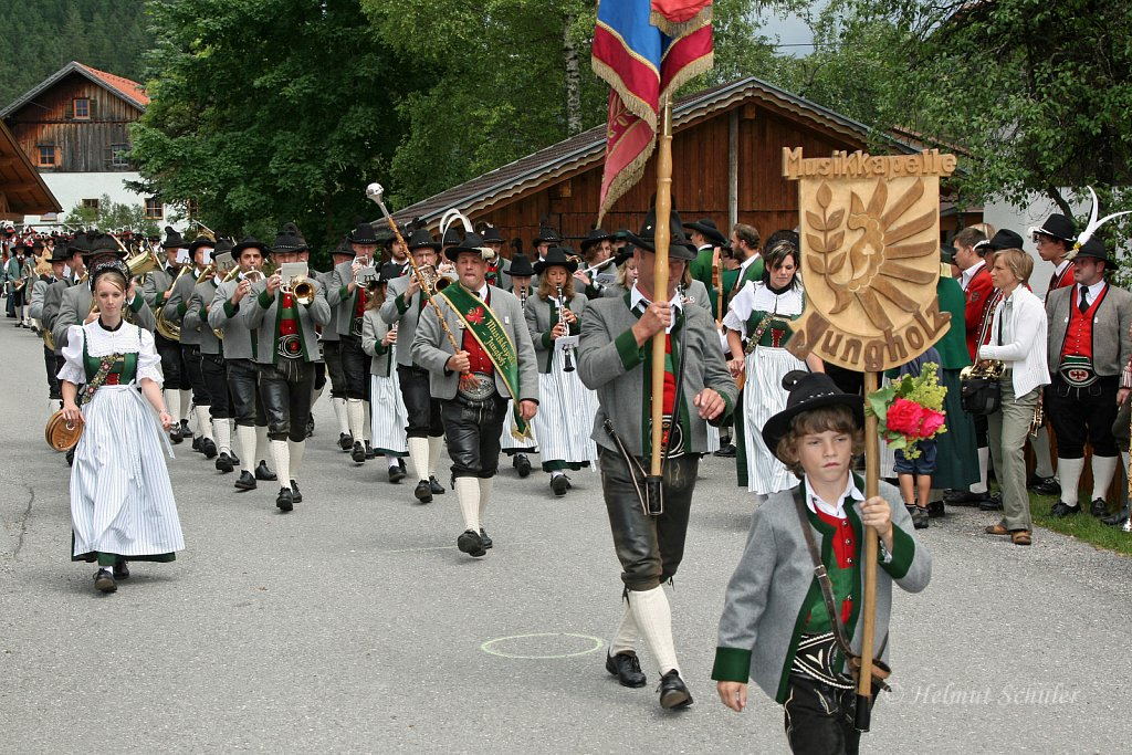 MK-Jungholz-beim-Bezirksmusikfest-in-Weissenbach-2010-185.jpg