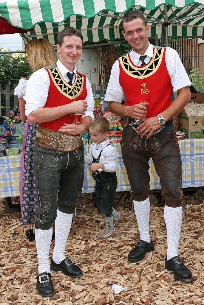 MK-Lans-beim-Bezirksmusikfest-in-Grinzens-2009-IMG-8381.JPG