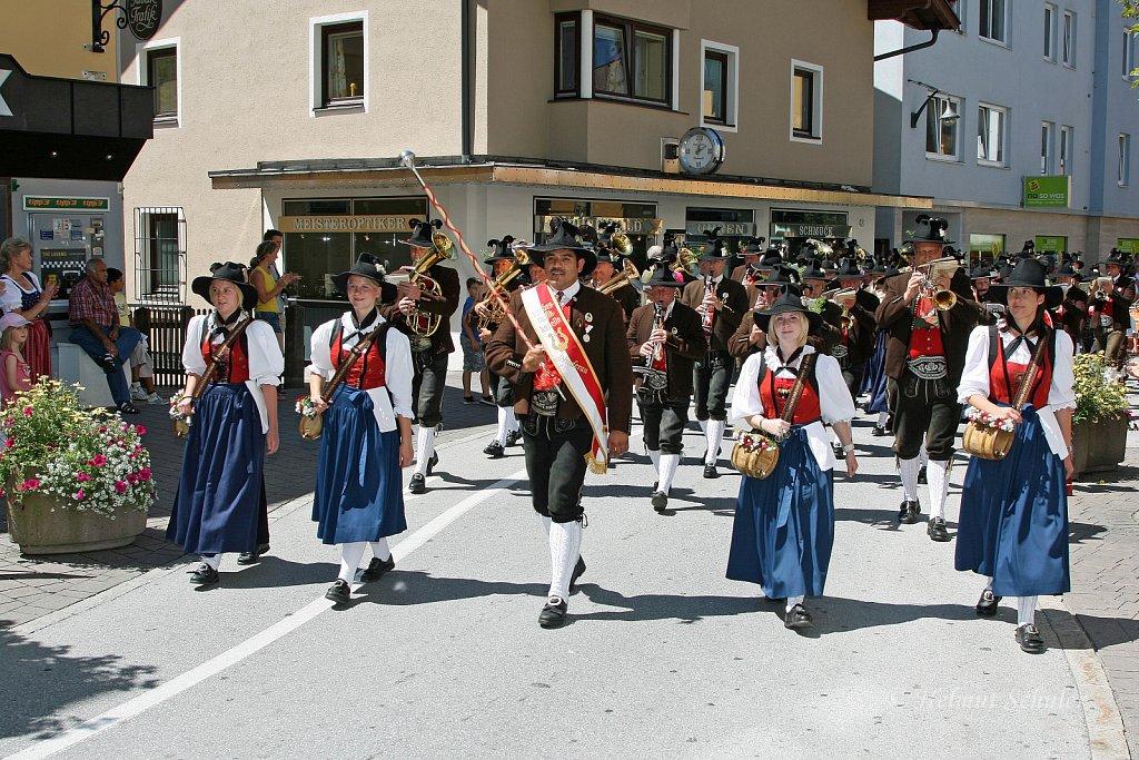 MK-Niederau-Wildschoenau-beim-Bezirksmusikfest-in-Woergl-2010-131.jpg