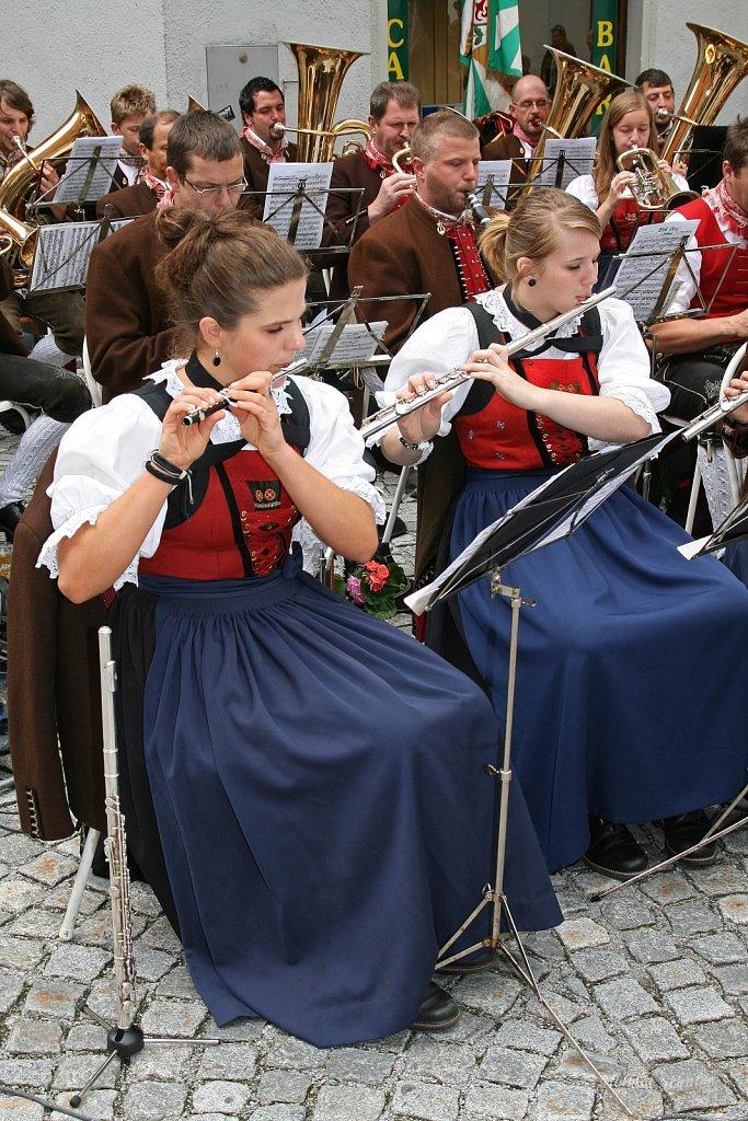 MK-Oberau-beim-Bezirksmusikfest-in-Rattenberg-2009-IMG-8456.JPG