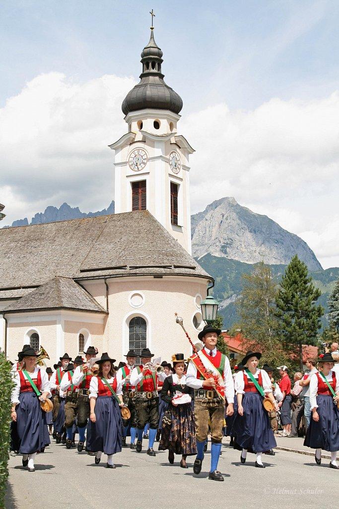 MK-Oberndorf-beim-Bezirksmusikfest-in-Oberndorf-2009-IMG-8847.JPG
