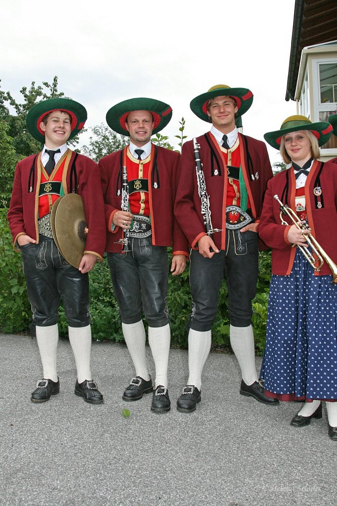 MK-Patsch-beim-Bezirksmusikfest-in-Grinzens-2009-IMG-8364.JPG