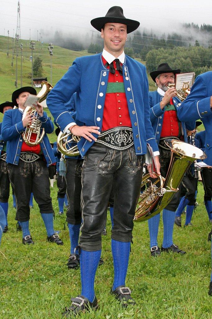 MK-Pettneu-beim-Bezirksmusikfest-in-St-Anton-2009-IMG-9240.JPG