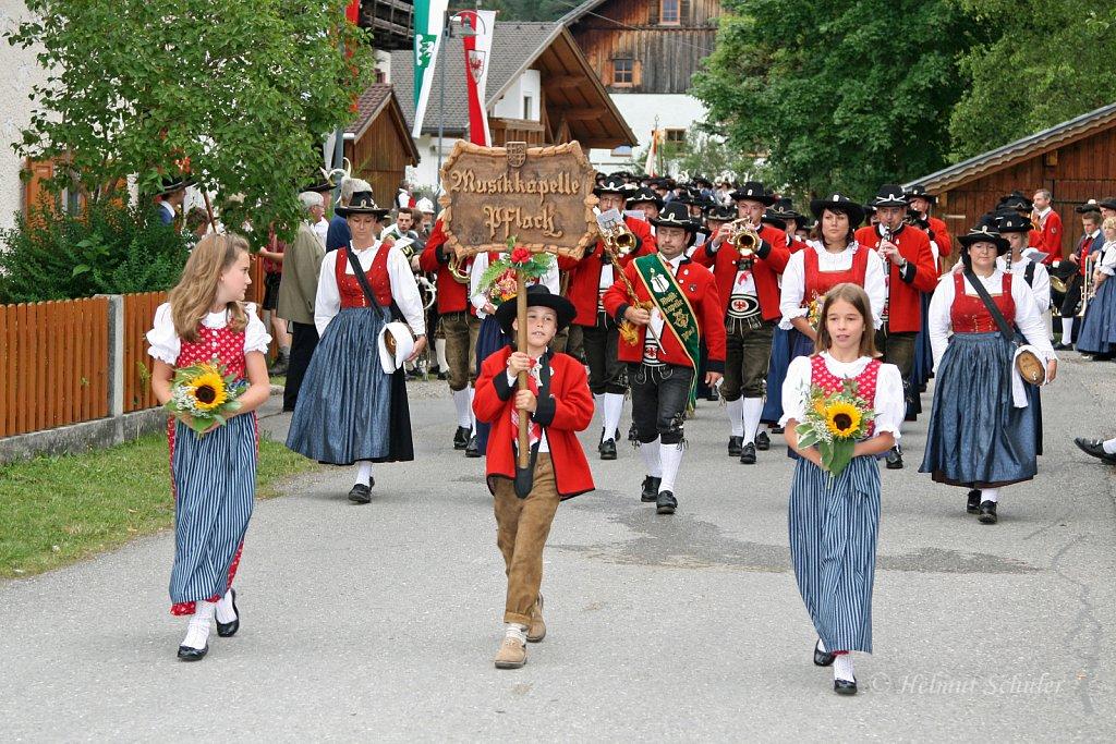 MK-Pflach-beim-Bezirksmusikfest-in-Weissenbach-2010-265.jpg