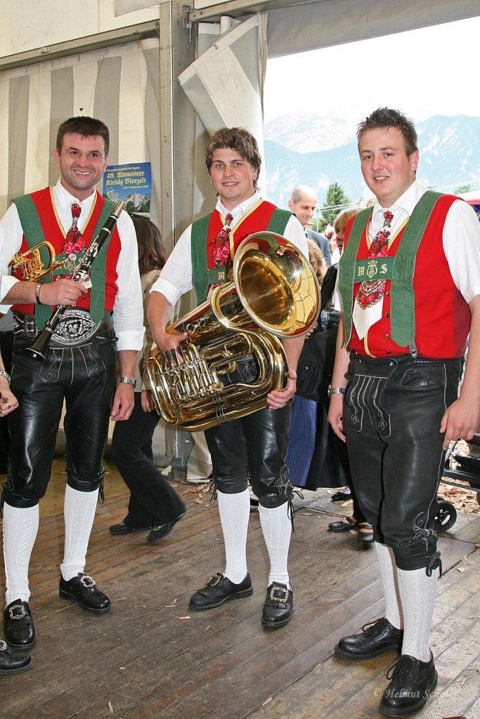 MK-Sellrain-beim-Bezirksmusikfest-in-Grinzens-2009-IMG-8401.JPG