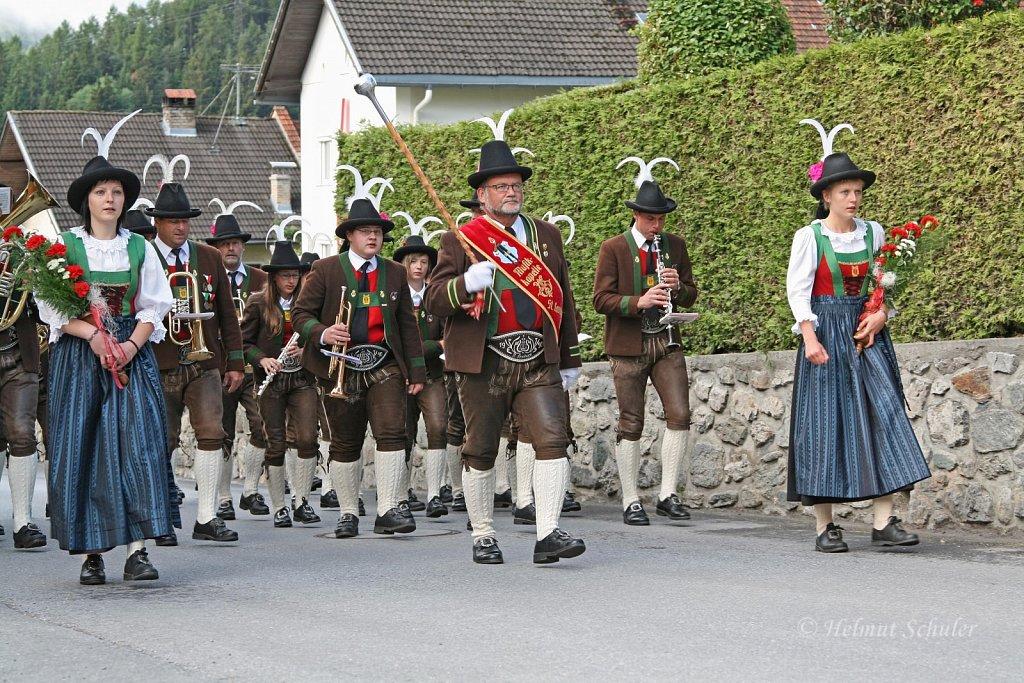 MK-St-Leonhard-im-Pitztal-beim-Bezirksmusikfest-in-Karres-2009-IMG-6006.JPG