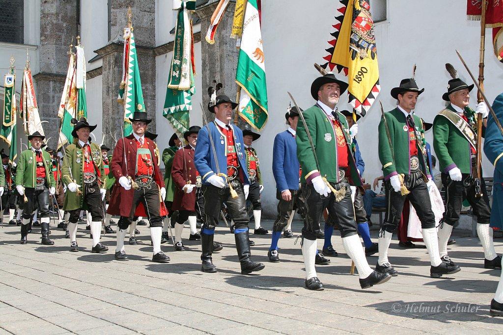 Schuetzen-aus-dem-Bezirk-Landeck-bei-der-Bundesversammlung-in-Innsbruck-2010-IMG-1479.JPG