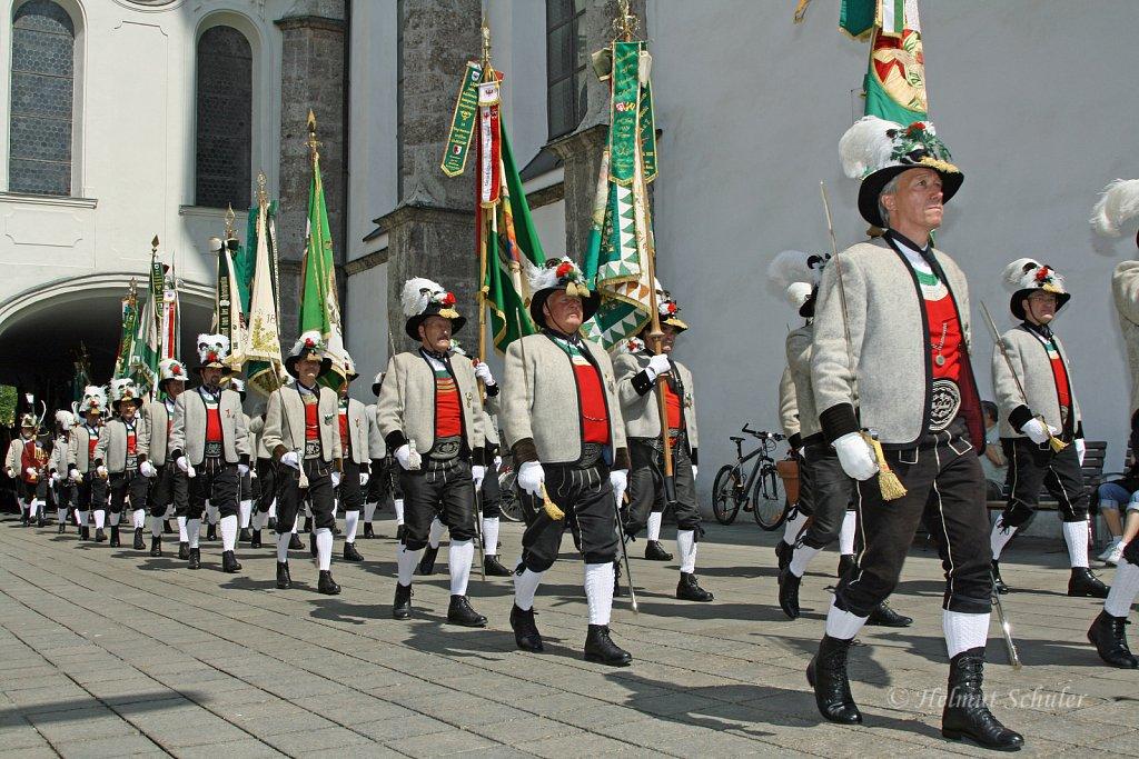 Schuetzen-aus-dem-Zillertal-bei-der-Bundesversammlung-in-Innsbruck-2010-IMG-1483.JPG