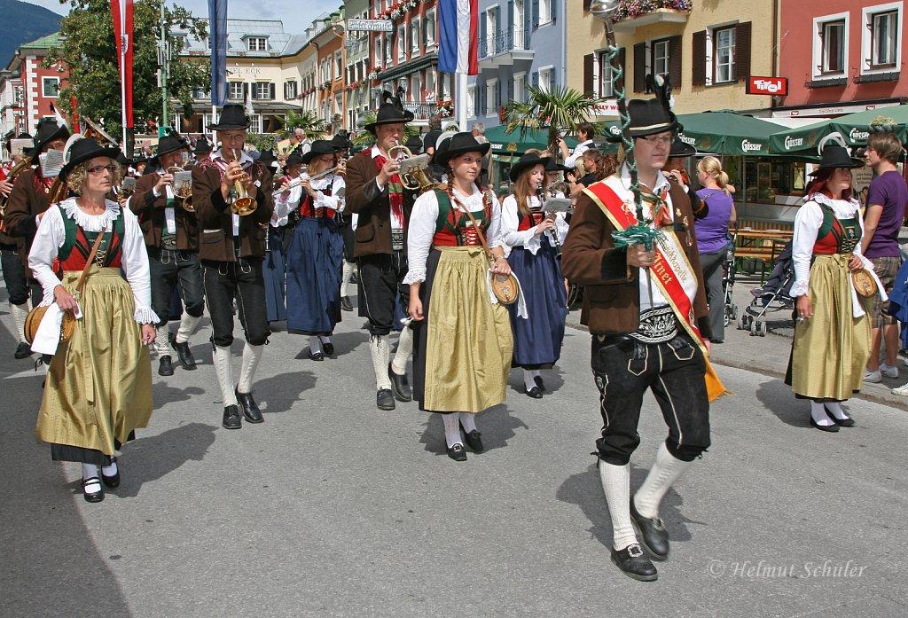MK-Ainet-beim-Bezirksmusikfest-in-Lienz-2010-094.jpg