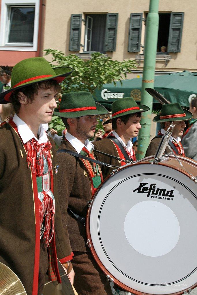 MK-Doelsach-beim-Bezirksmusikfest-in-Lienz-2010-097.jpg